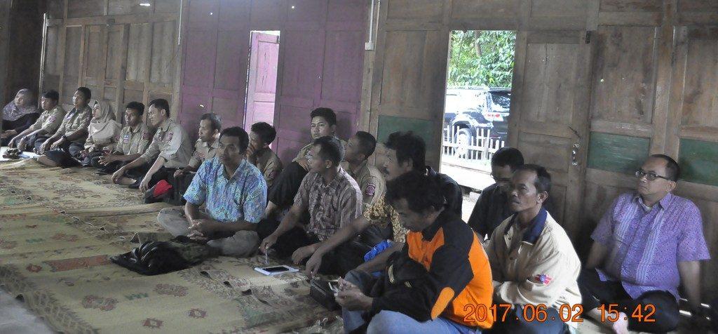 Para peserta diskusi dari unsur peksos dan penanggulangan bencana